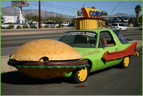 38715474hamburger_car-700x500-700